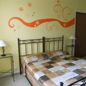 B&B Orange Paradise